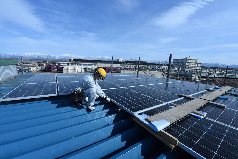 脱炭素 地球温暖化問題 ものづくり工場