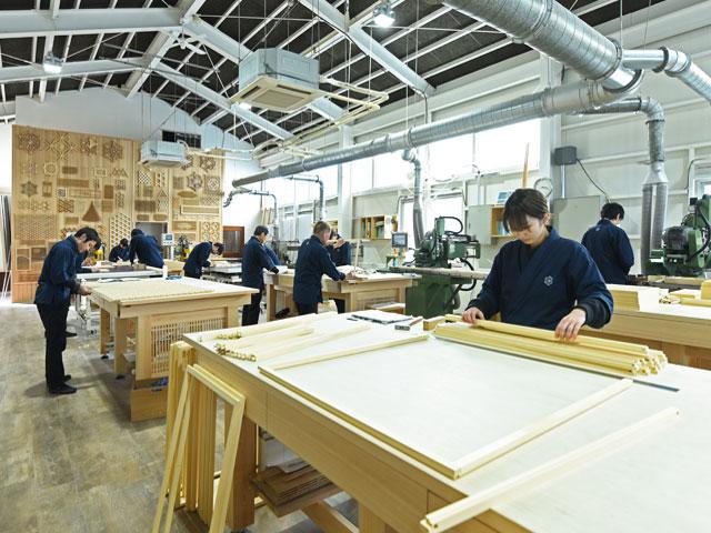 タニハタ 工場 組子の製作風景