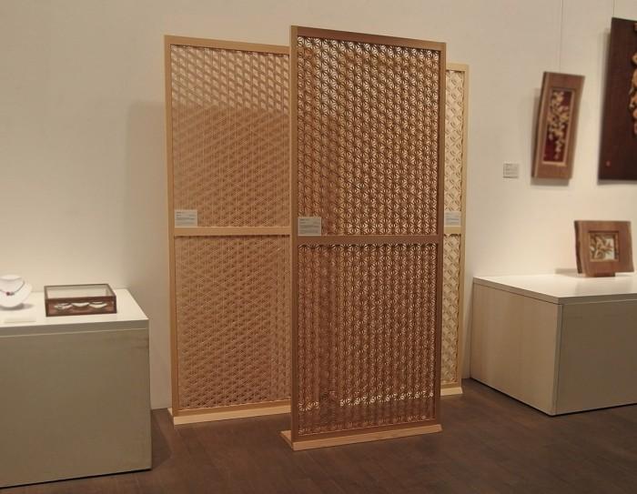 組子引き戸 欄間 21世紀美術館