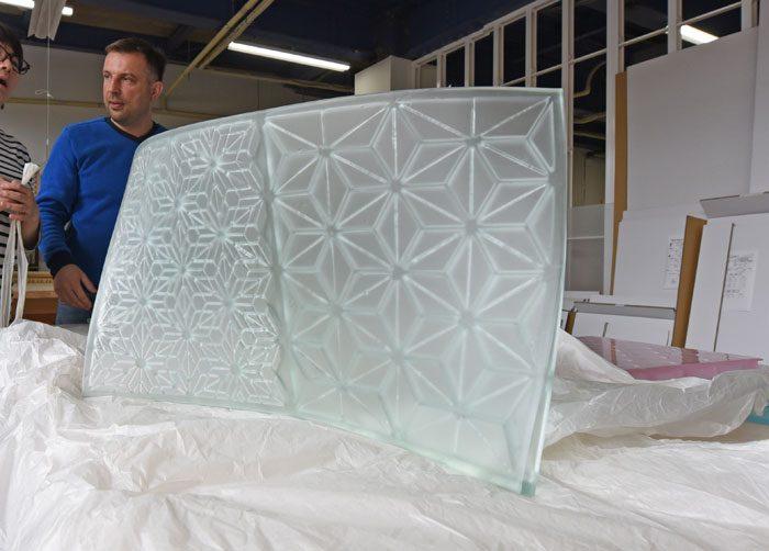ガラスと組子細工