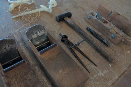 木製建具 職人 道具 組子欄間 株式会社タニハタ 富山